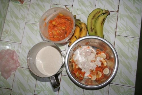 Gyvas maistas – ananase marinuotos morkos su anakardžių riešutų kremu